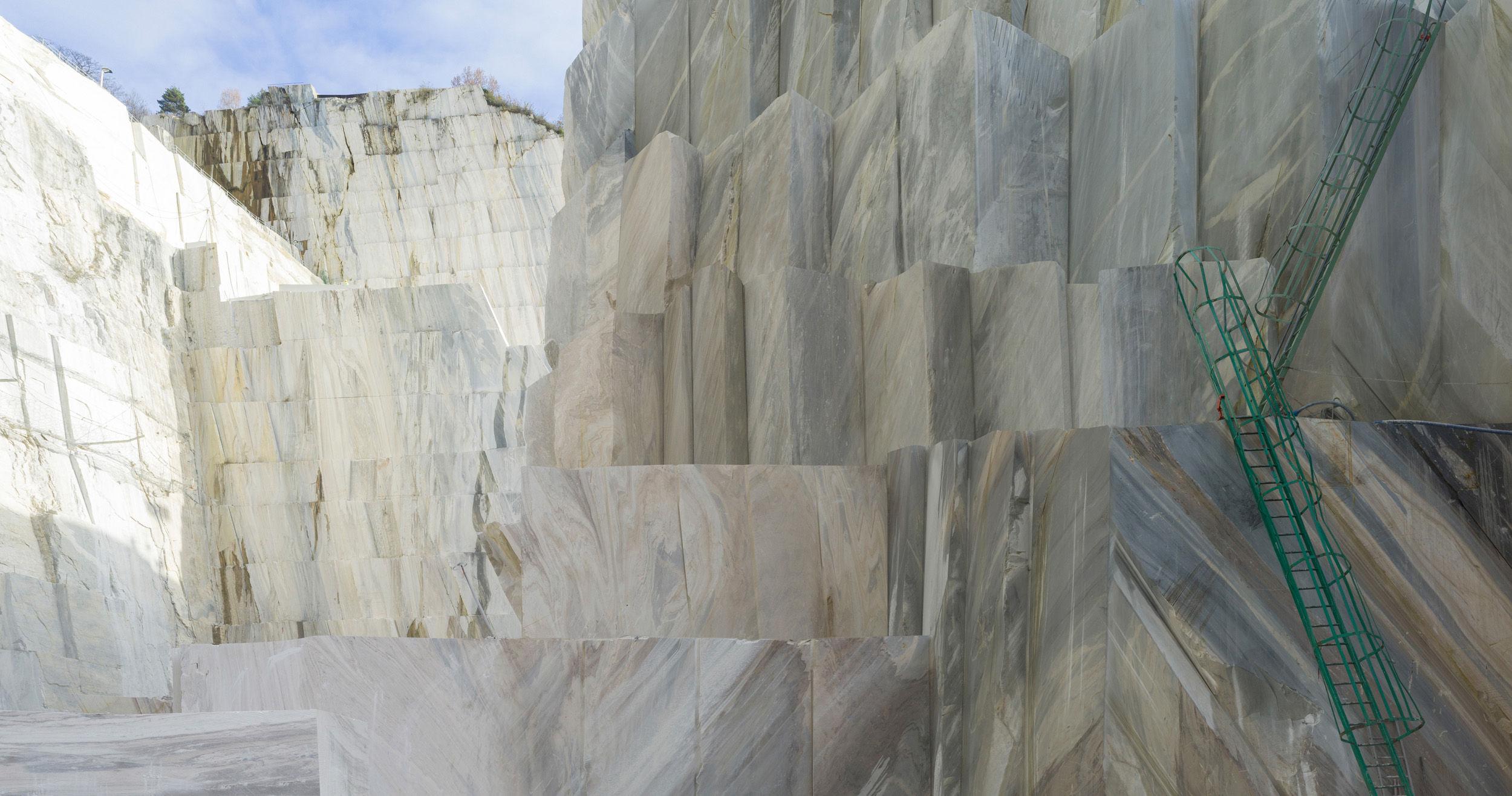 cava marmo Crevola